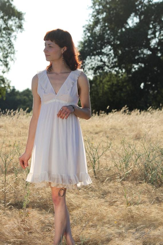 DAWN 1970's Vintage Babydoll Night Gown White Nylon Ribbon Trim and Ruffles