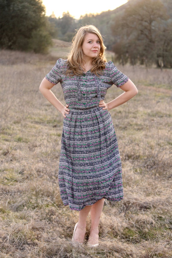 BAY LEAF Vintage 1940's Day Dress Depression Era Day Wear with Blue Purple and Green Print