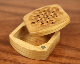 Mini Storage Box - Celtic Knot Pattern Wooden Box, Solid Cherry, 1-3/4