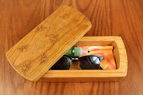 Bees Pattern Wooden Storage Box, Solid Cherry, Pattern M16 laser engraved, Paul Szewc, Masterpiece Laser