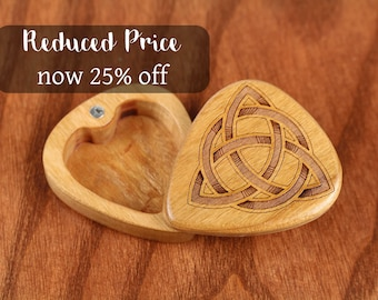 DISCONTINUED - REDUCED PRICE Slender Guitar Pick Box, Celtic Knot, 2-1/4