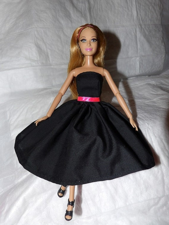 Short Black Strapless Dress With Pink Ribbon Belt For Fashion