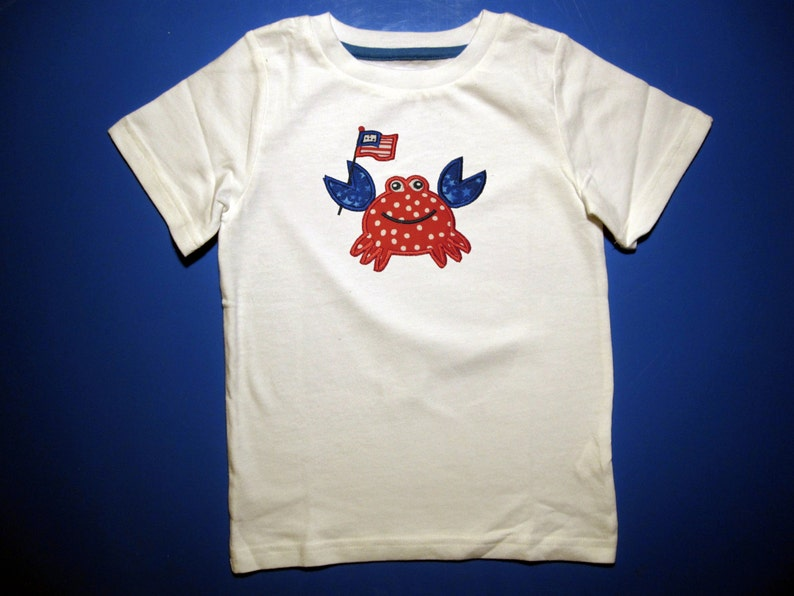 Crab t-shirt boys or girls crab shirt 4th of july  flag image 0