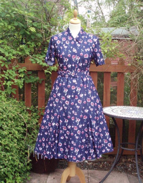 3e3cc5956804 Vintage floral roses tea dress UK 10 US 6 Tea Day dress 1940s