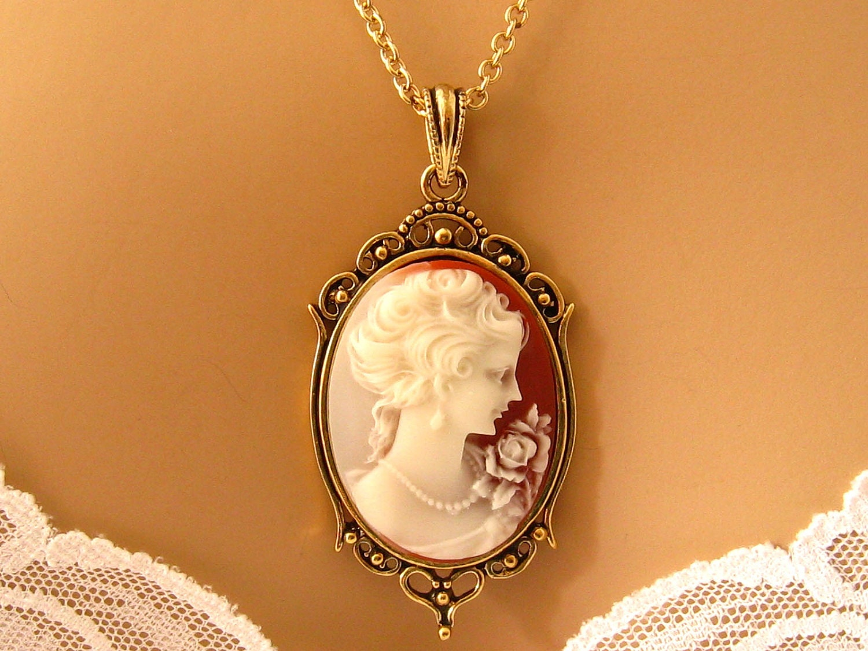 Vintage Pendant Vintage Peach Necklace Victorian Necklace Peach Necklace for Women Peach Pendant Necklace Apricot Necklace
