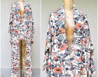Vintage Japanese Kimono / 1950s Floral Silk Crepe Showa Era Kimono