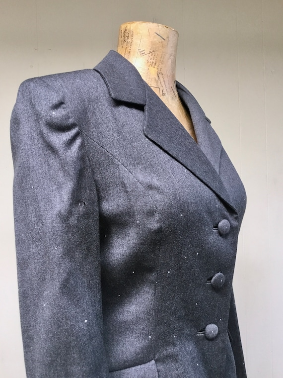 Vintage 1980s TRAVILLA Gray Wool Jacket, 80s does… - image 6