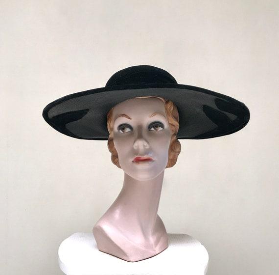 Vintage 1950s Picture Hat, 50s Black Straw Velvet… - image 1