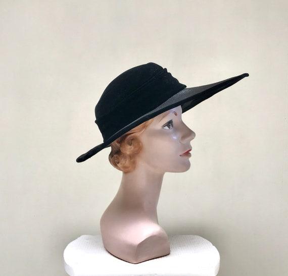 Vintage 1950s Picture Hat, 50s Black Straw Velvet… - image 3