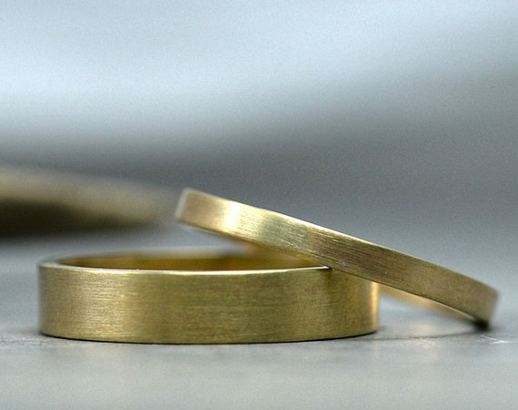 Wedding Bands His and Hers in 14K Gold Brushed Recycled Yellow Gold Wedding Rings - 4mm Mens Wedding Band 2mm Womens Wedding Ring