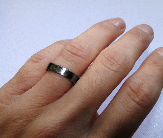 Hammered Silver Ring Band for Men or Women - Black Sterling Silver Textured and Oxidized Wide Ring Band - Wedding Band Made in your size