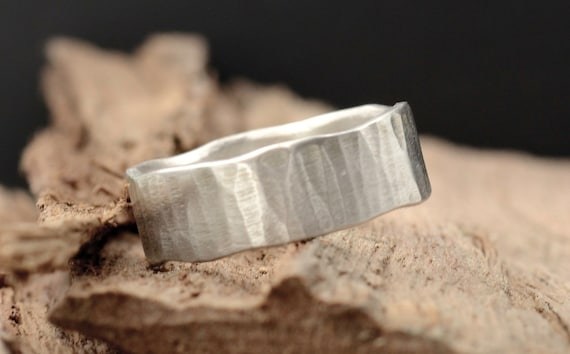 Rustic Men's Hammered Ring, Sterling Silver 7mm Wedding Band for Men in Recycled Silver