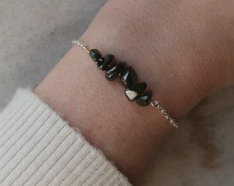 Hematite gemstone bracelet, 6 polished stone chips, natural stone bracelet, EU-grade silver-plated steel