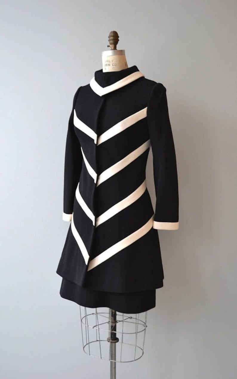 60s Dresses | 1960s Dresses Mod, Mini, Hippie 60s black and white coat and dress mod set retro set 70s coat 2 pieces set vintage inspired retro coat mini dress working clothing $162.00 AT vintagedancer.com
