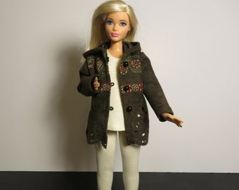 CURVY BARBIE Moss Green Eyelet Hoodie Outfit