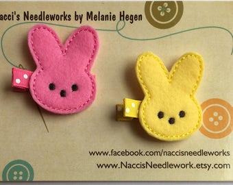 Felt Hair Clips- Marshmallow Bunny Hair Clips - Hot Pink or Yellow Marshmallow Bunny Felt Appliqué Hair Clips - Bunny Felt Hair Clips