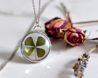 Four leaf clover necklace, Nature necklace, st patrick's day Lucky 4 leaf clover, terrarium necklace, natural jewelry, botanical jewelry