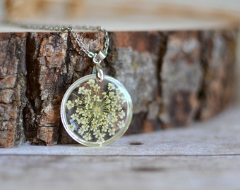 Pressed flower necklace White Queen Anne's Lace Nature inspired Gift under 35