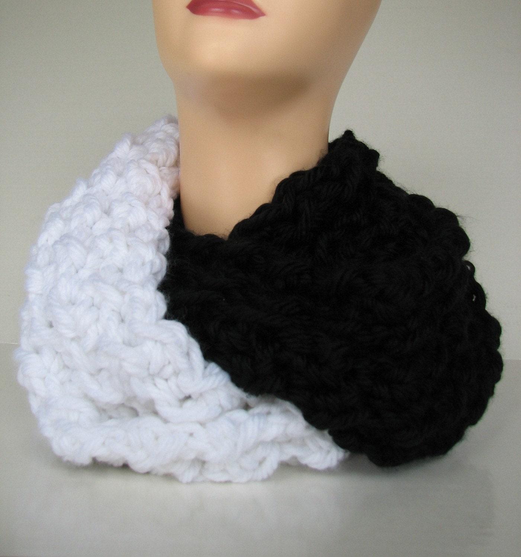 Yin Yang Contrast Cowl Crochet Pattern One Size Fits Most Etsy