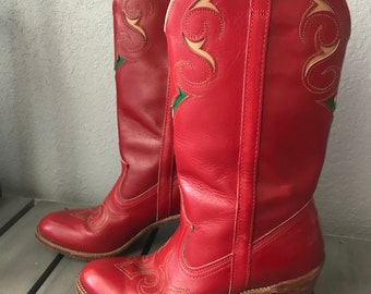 Vintage 1970s DINGO red leather inlay cowboy / cowgirl boots, size 7