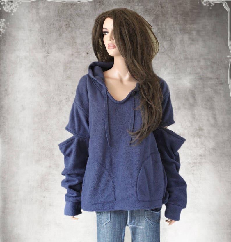 Big fleece sweatshirtContemporary hoody slouch cut out sleevelong pull over