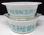 2 Pyrex butterprint casserole dishes with lid 1 and 1.5 pint 471 472