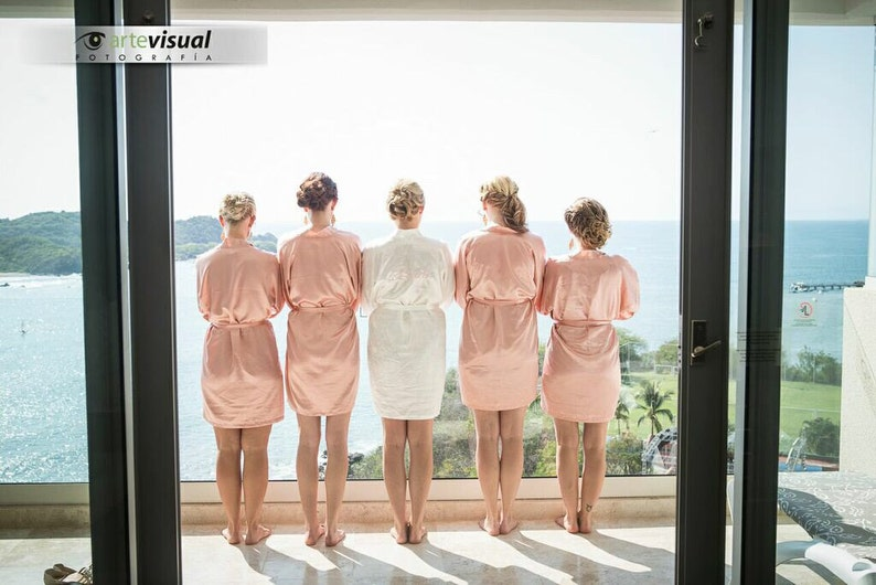 9a6accac85b Bridesmaid robes blush wedding robes bridesmaid silk robe