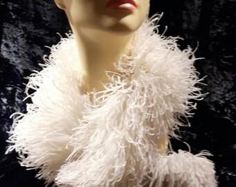 1930s Original Ostrich Feather Boa Cream