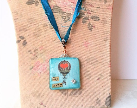Air Balloon Reversible Pendant Necklace - Teal Blue Sari Silk Ribbon Jewelry - Decoupaged Glass Pendant