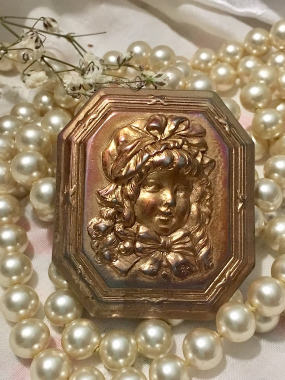 Edwardian Brooch~Girl with Bonnet ~Beautiful Vict… - image 4