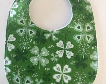 White//Green Shamrock Applique Bandana Bib