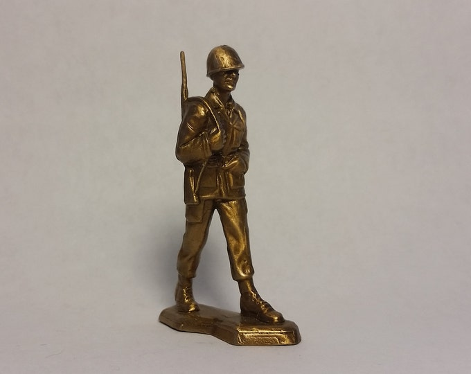 Strolling Soldier
