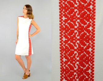 60's Embroidered Linen Shift Dress