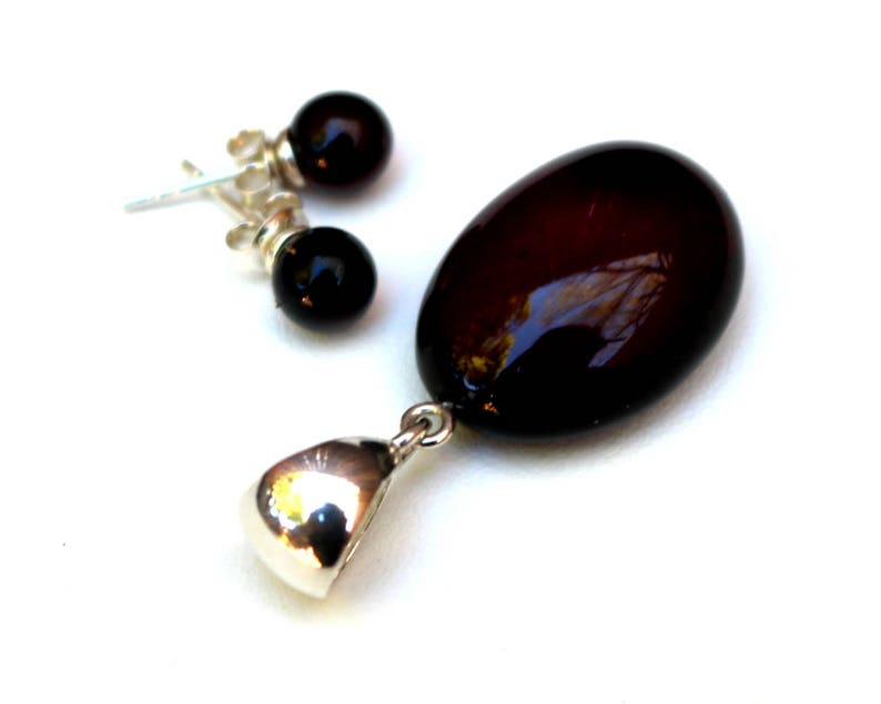 Baltic Amber Jewelry Set Cherry Pendant and Ball Earrings 4.8 gram 925 Silver