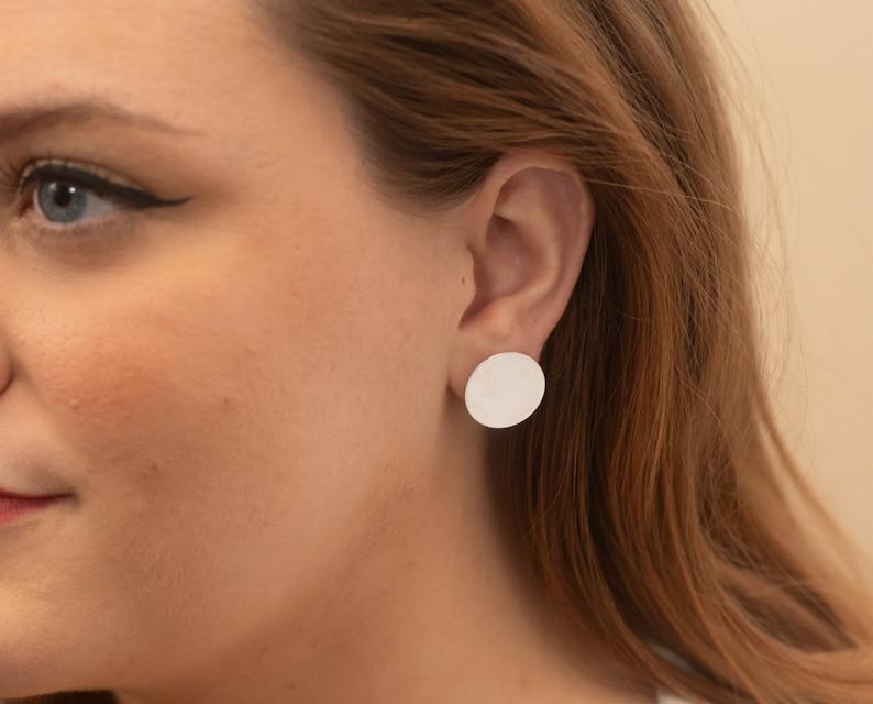 Round stud earrings  circle earrings  geometric earrings image 0