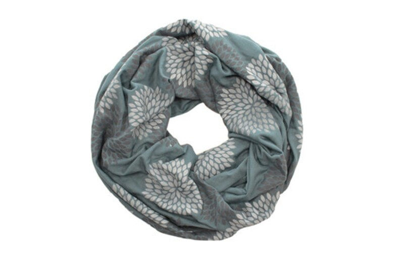 c5ae3893d2a INFINITY SCARF - Gray Double Flowers on Ocean