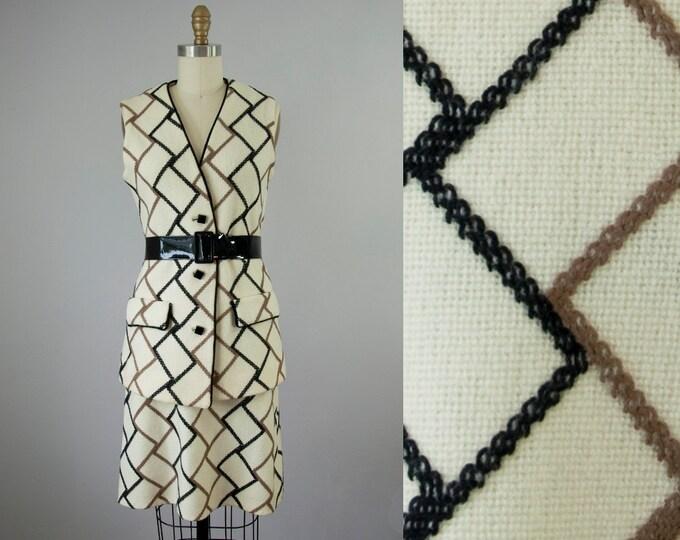 1960s Vintage Wool Knit Mod Vest and Skirt Set. 60s Dress Set (S)