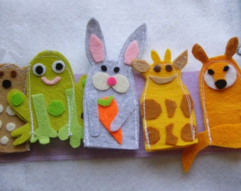 5 Finger Puppets Quiet Book Page / Gift for Kid / Felt page / Fine Motor Skills / Birthday Gift For Toddler / Learning Toy / Unique Gift /