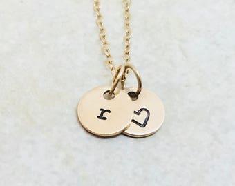 Letter r necklace | Etsy