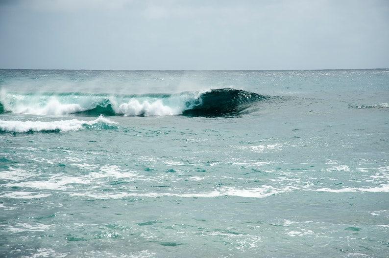 Hawaii  Cresting II  Ocean Wave  Nature photo  waterscape image 0