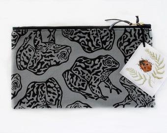 Gopher Frog Block Printed Grey Zipper Pouch