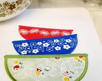 Pyrex Embroidered Vintage Bowls Towel Set