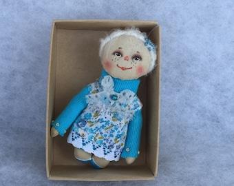 Primitive doll brooch,textile doll brooch,miniature doll,cloth doll brooch
