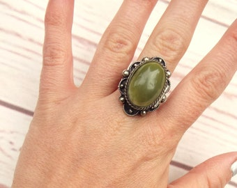 Vintage Poison Ring - Victorian Revival Ring - Locket Ring - Agate Ring - Victorian Locket Ring - Victorian Poison Ring
