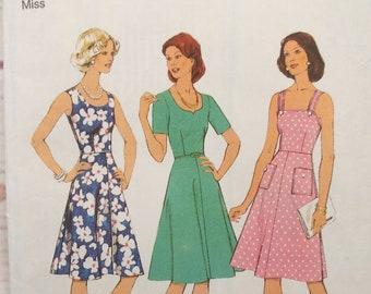 9a94a9e4e19 Style 1130 - Pinafore Sewing Pattern - Summer Dress Pattern - 1970s - 36  Inch Bust - Flared Dress - Short Sleeve