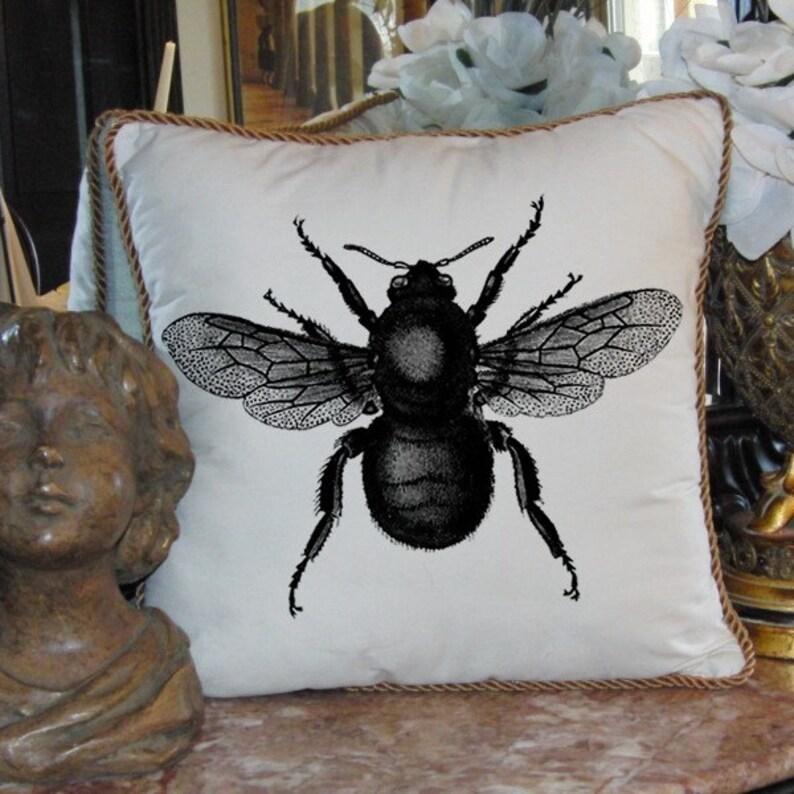 Large Bumble Bee Digital Image Download Sheet Transfer To Pillows Totes Tea Towels Burlap No 2156