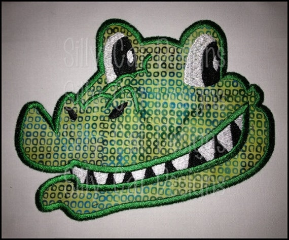 Gator Smiley Face Applique Design
