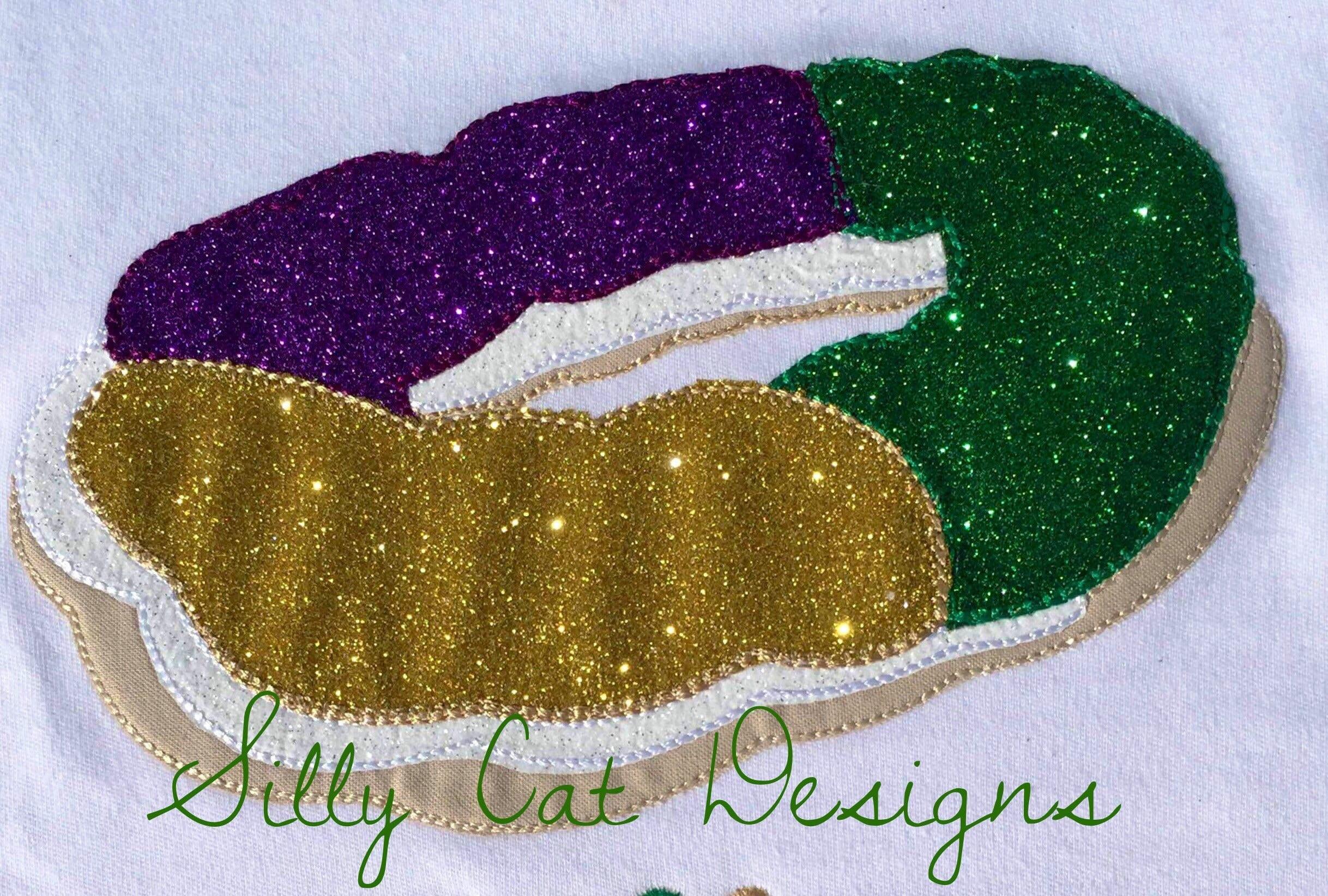 Vintage Mardi Gras King Cake Applique Design