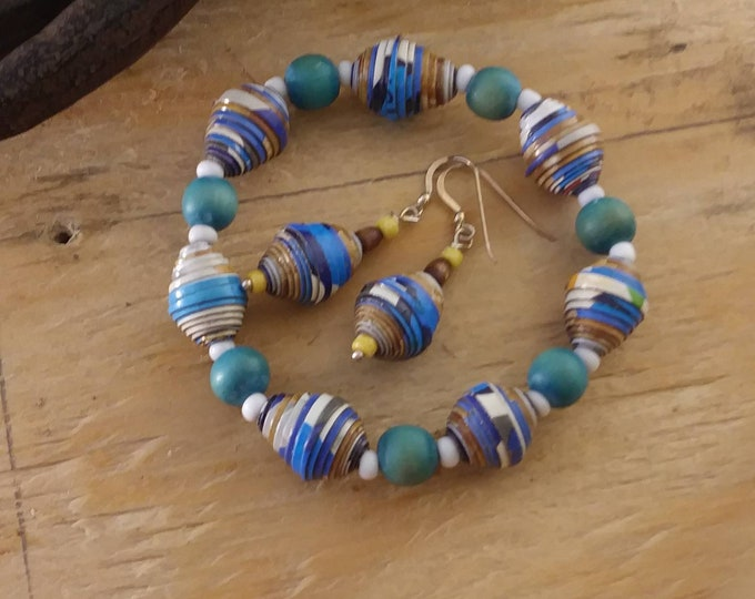 Blue and white paperbead bracelet and earrings set/ sterling silver / turquoise wood