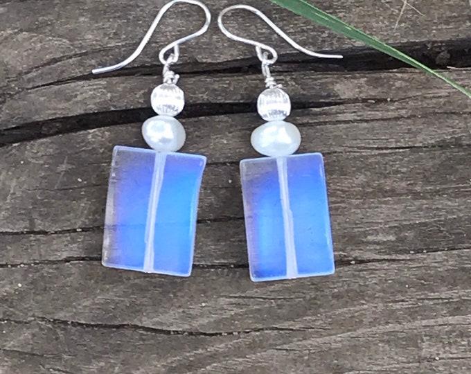 Moonstone & pearl earrings / silver moonstone earrings / pearl and silver earrings / june birthstone earrings/ bridesmaid earrings